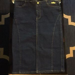 Versace Jeans Couture pencil skirt size 30/44